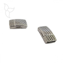 Rectangular decorated clasp flat leather 10mm