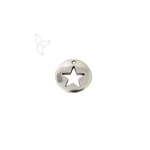 Pendentif medaille ajourée motif étoile