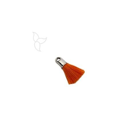 Borlas en tejido naranja con terminal