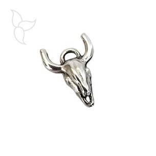 Bull head pendant