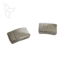 Rectangular tin magnetic clasp for 10 mm leather.