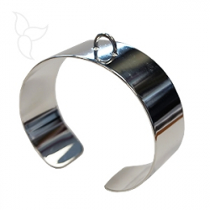 Bracelet ouvert et réglable avec demi anneau d'accrochage plaqué argent