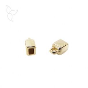 Terminal para cuero plano 3 mm color dorado con anilla
