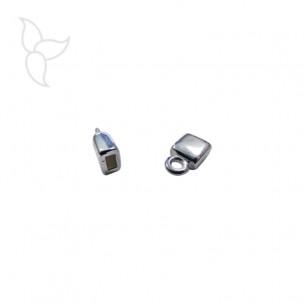 Embout argenté avec anneau d'accrochage cuir plat 5 mm
