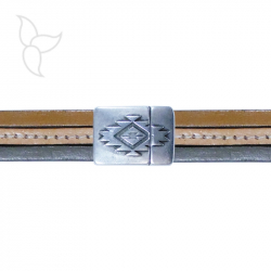 Rectangular decorated clasp flat leather 15mm