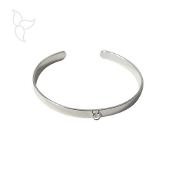 Silver opened fine bracelet 6 mm with hanging ring