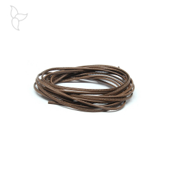 Cuir rond cousu tabac 1.5 mm.