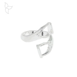 Silver plated ring formed of 2 stirrups that cross each other.