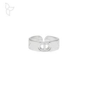 Glattes, offenes ring mit versilbertem und perforiertem Muster.
