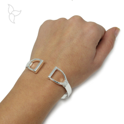 Silver plated opened double stirrup bracelet