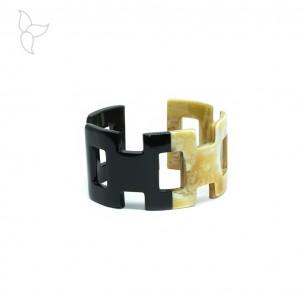 Bracelet large ouvert en corne de buffle laquée noir et naturel