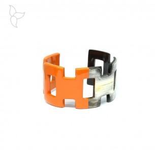 Bracelet large ouvert corne de buffle laquée rouge et naturel