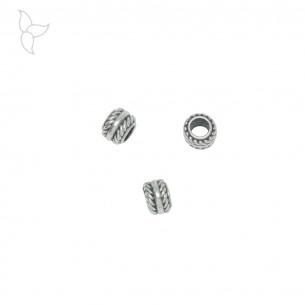 Perles argentées rondes motifs chaine trou 4.4 mm