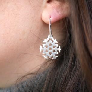 Small snowflake pendant 25 x 22 mm