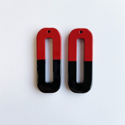 Long rectangle natural horn pendant .Red and black lacquer.