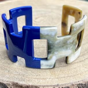 Bracelet large ouvert corne de buffle laquée bleu et naturel
