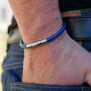 Bracelet cuir rond et fermoir cylindre