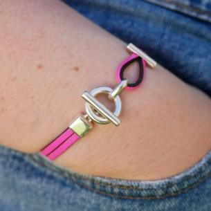 Flat toggle leather bracelet