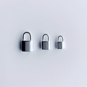 Pendentif cadenas existe en 3 tailles, plaqué argent 10 microns