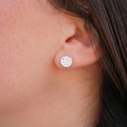 Sterling silver plated hammered earring 10 microns